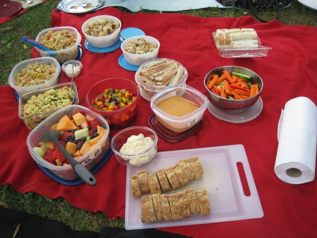 potluck picnic long weekend ideas