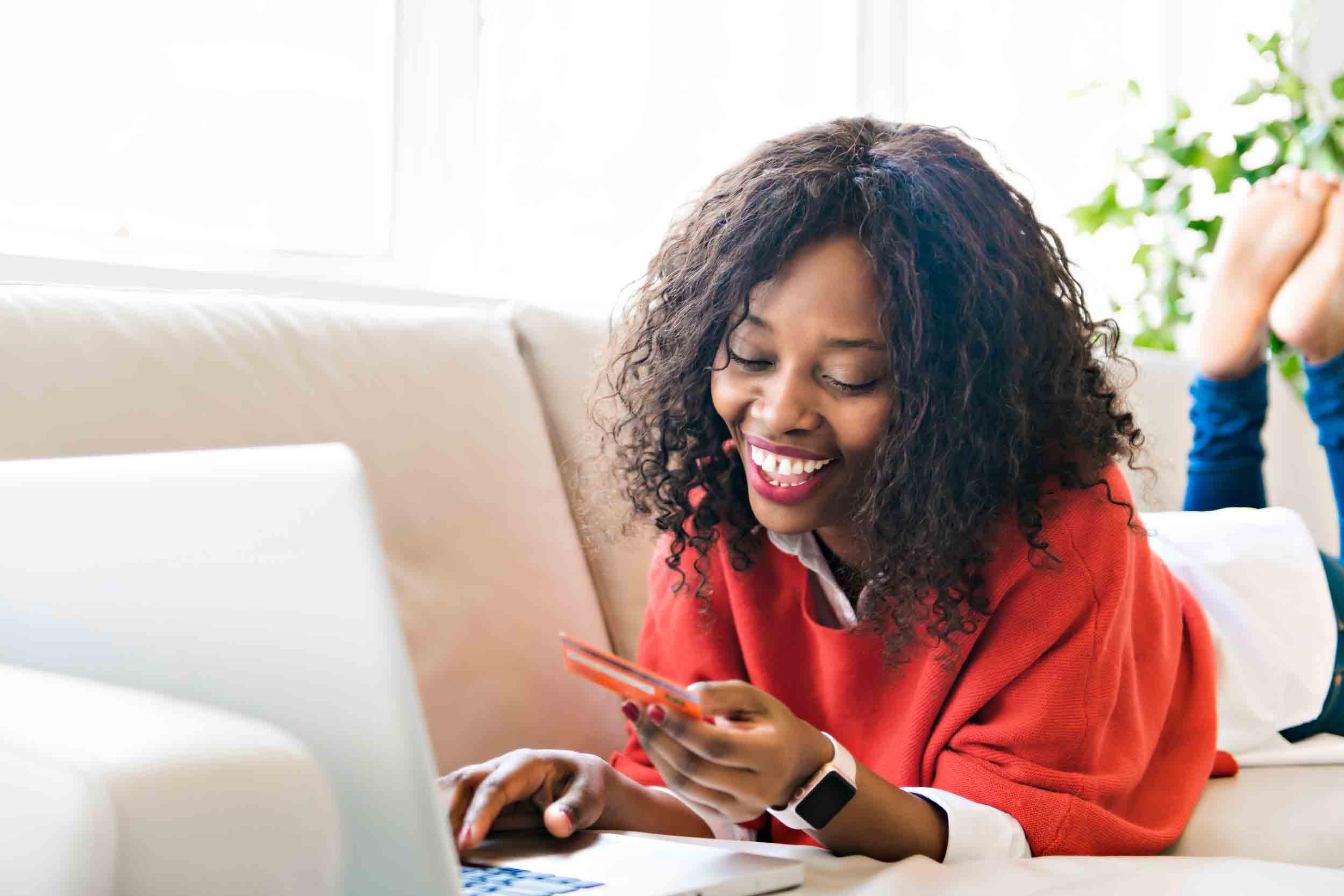 7 reasons to get a prepaid card