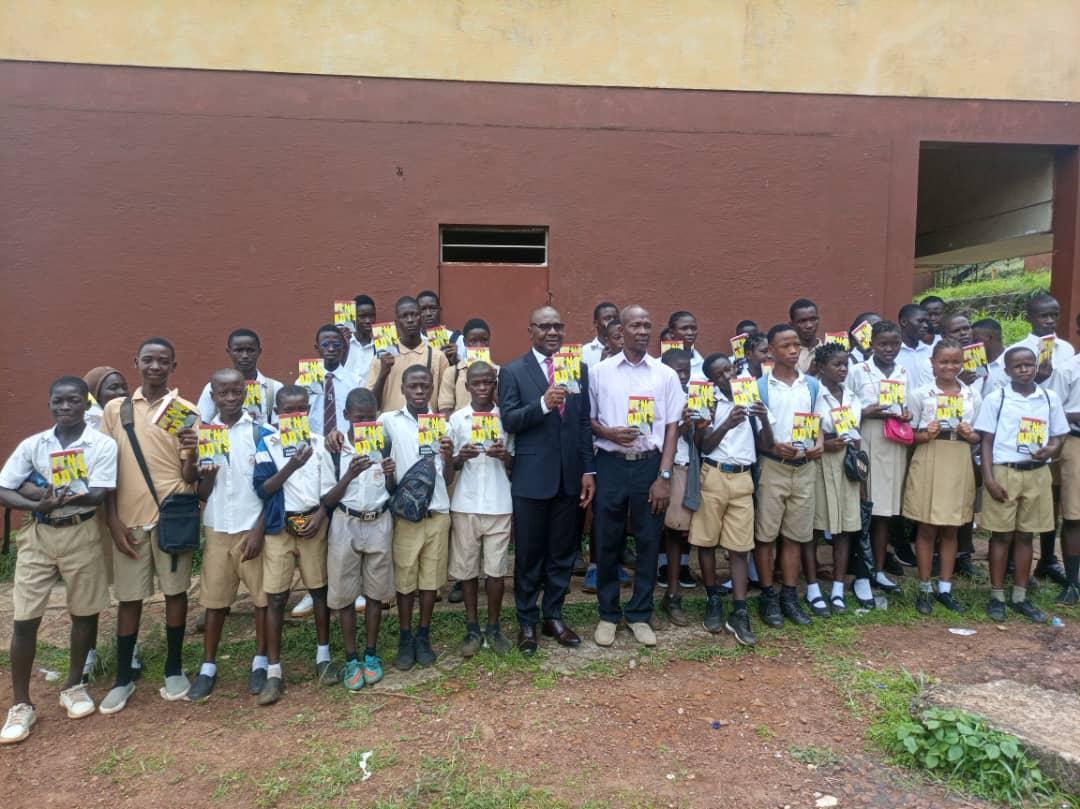 uba-foundation-donates-books